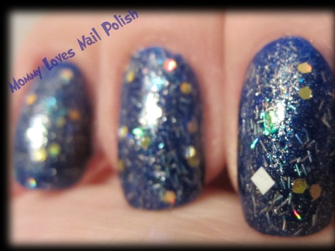 25.000 Italian Imported Twinkle Lights (over royal blue polish)